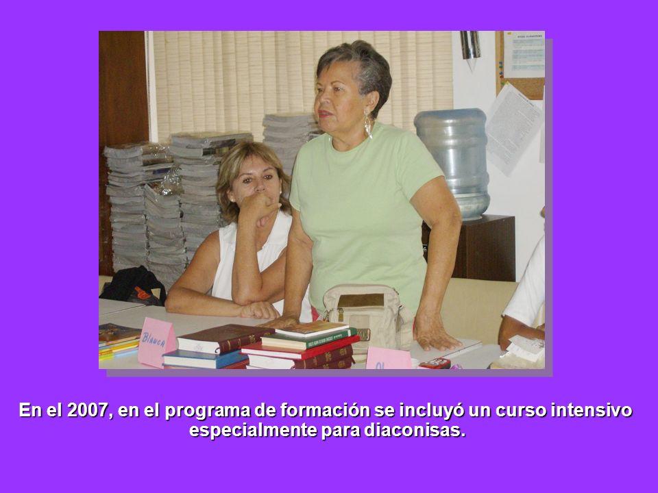 En el 2007, en el programa de formación se incluyó un curso intensivo