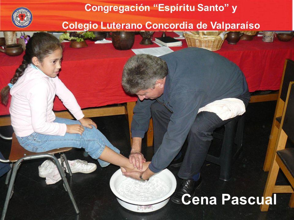 Cena Pascual Capellanía escolar Congregación Espíritu Santo y
