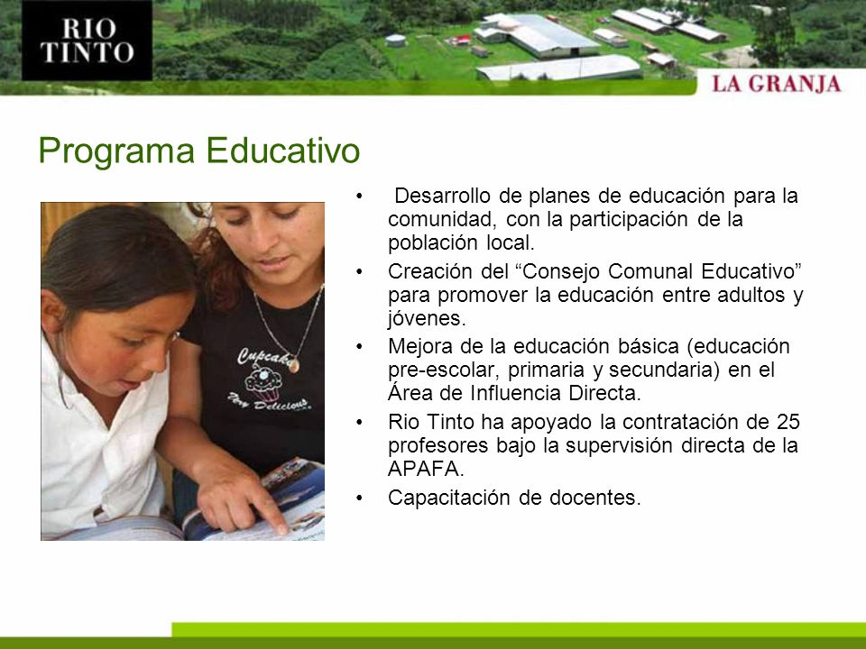 Programa Educativo Desarrollo de planes de educación para la comunidad, con la participación de la población local.