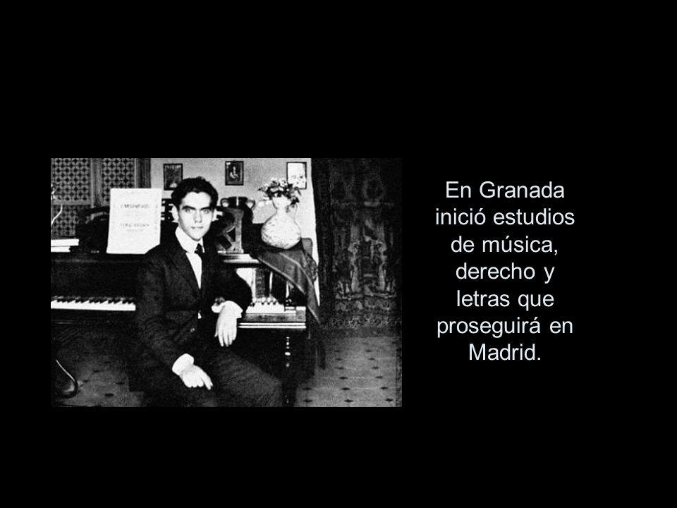 En Granada inició estudios de música, derecho y letras que proseguirá en Madrid.