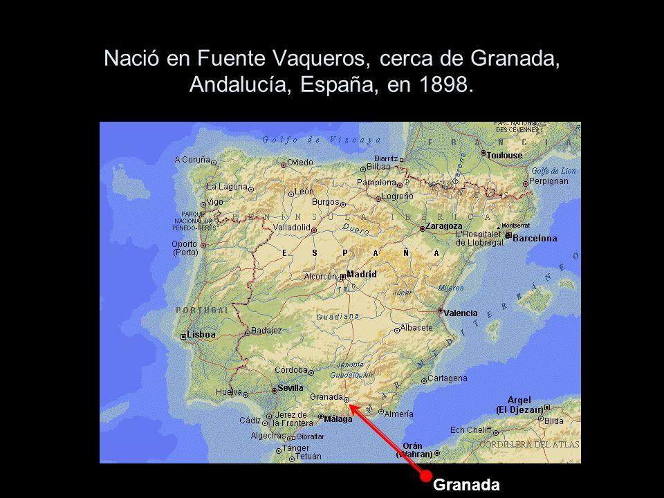 Nació en Fuente Vaqueros, cerca de Granada, Andalucía, España, en 1898.