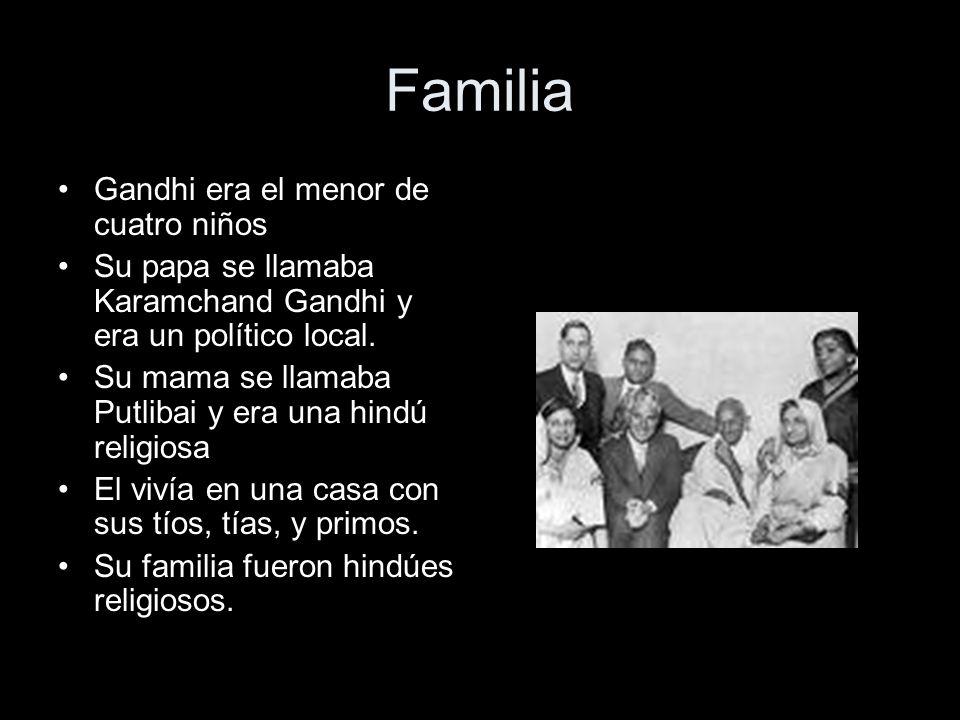 Familia Gandhi era el menor de cuatro niños