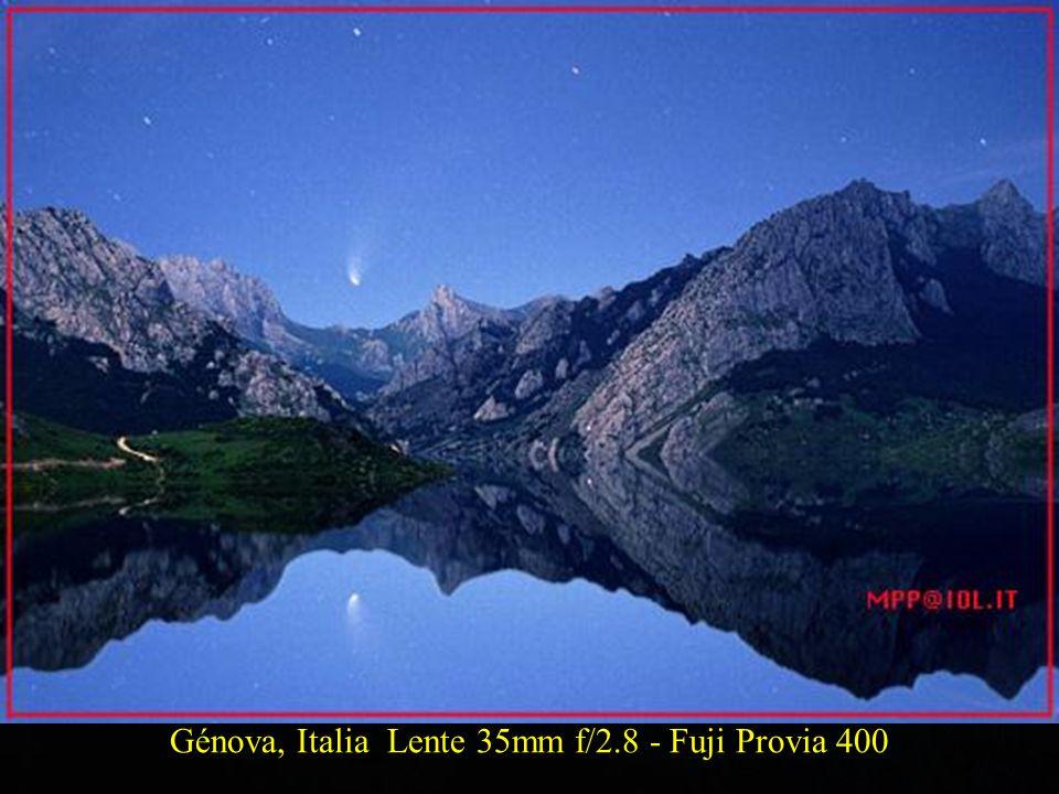Génova, Italia Lente 35mm f/2.8 - Fuji Provia 400