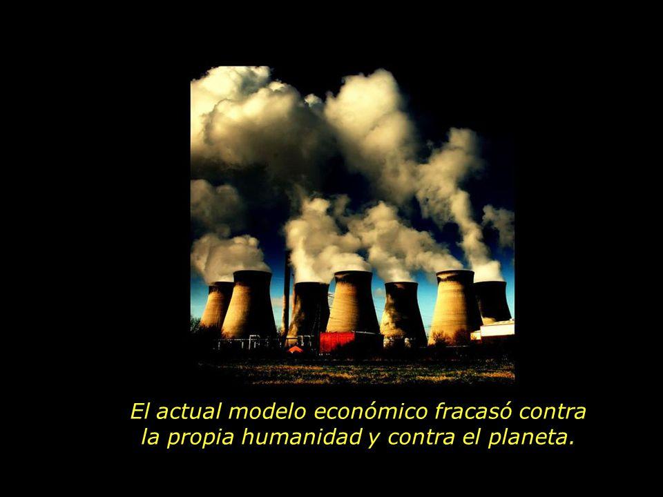 El actual modelo económico fracasó contra