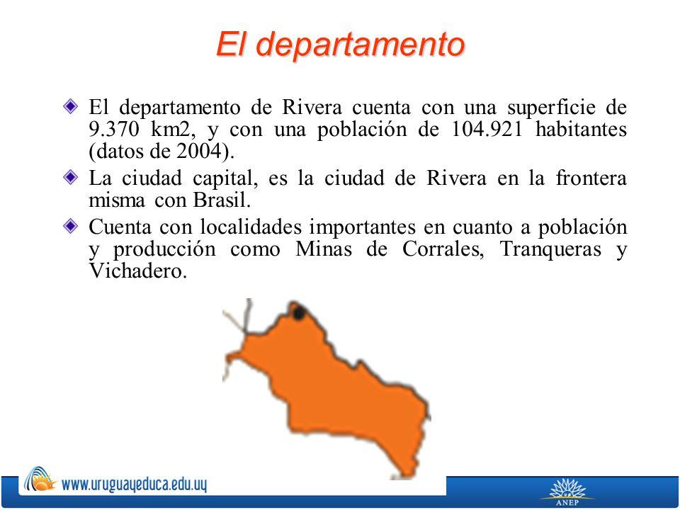 El departamento El departamento de Rivera cuenta con una superficie de 9.370 km2, y con una población de 104.921 habitantes (datos de 2004).