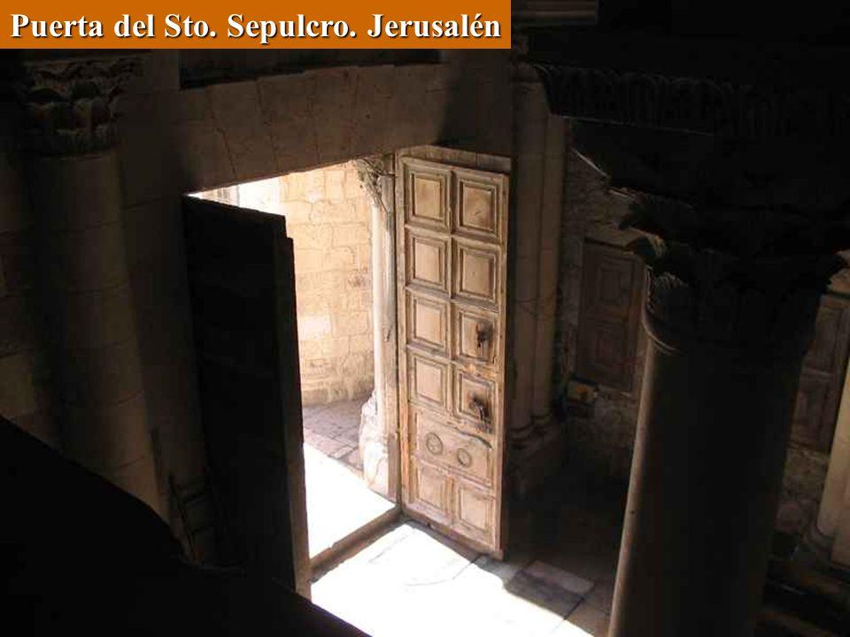 Puerta del Sto. Sepulcro. Jerusalén