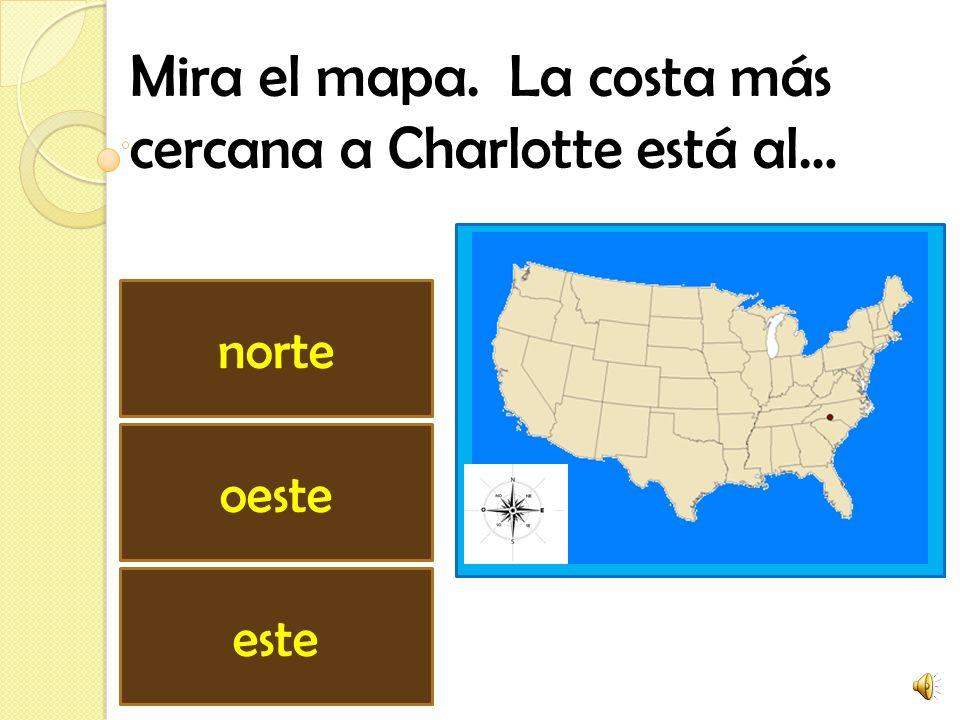 Mira el mapa. La costa más cercana a Charlotte está al…
