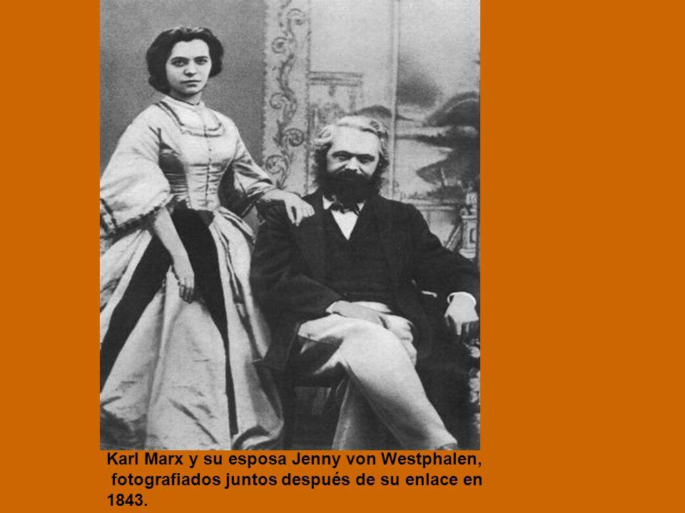 Karl Marx y su esposa Jenny von Westphalen,