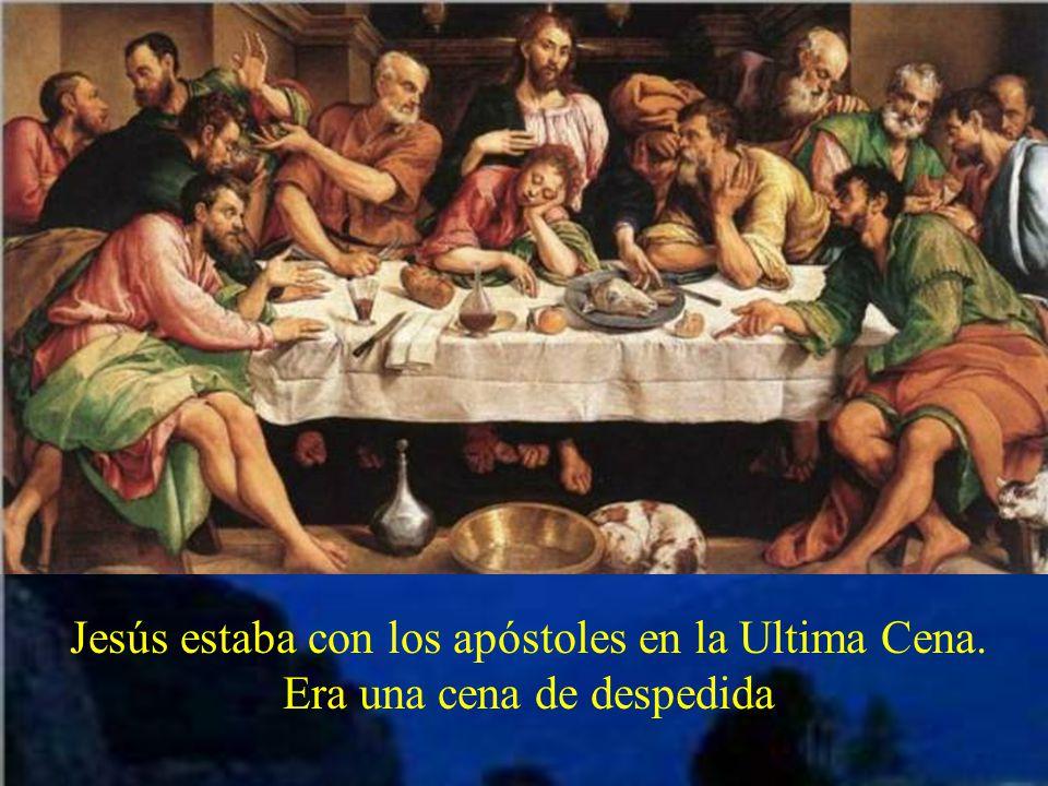 Jesús estaba con los apóstoles en la Ultima Cena