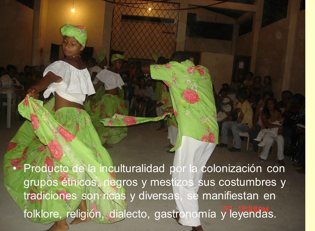 Producto de la inculturalidad por la colonización con grupos étnicos, negros y mestizos sus costumbres y tradiciones son ricas y diversas, se manifiestan en folklore, religión, dialecto, gastronomía y leyendas.
