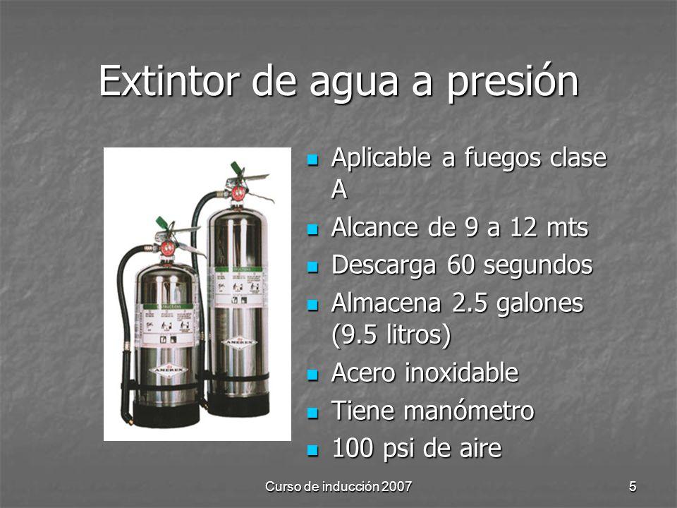 Extintor de agua a presión