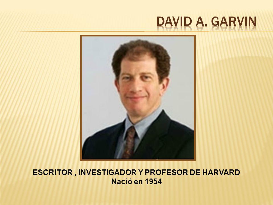 ESCRITOR , INVESTIGADOR Y PROFESOR DE HARVARD