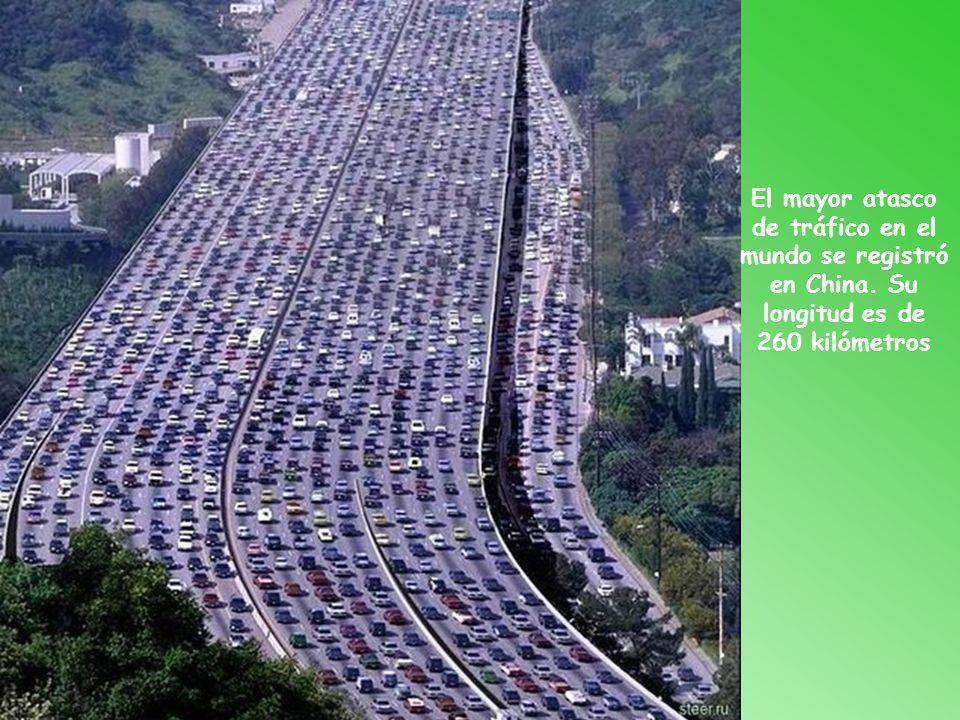 El mayor atasco de tráfico en el mundo se registró en China
