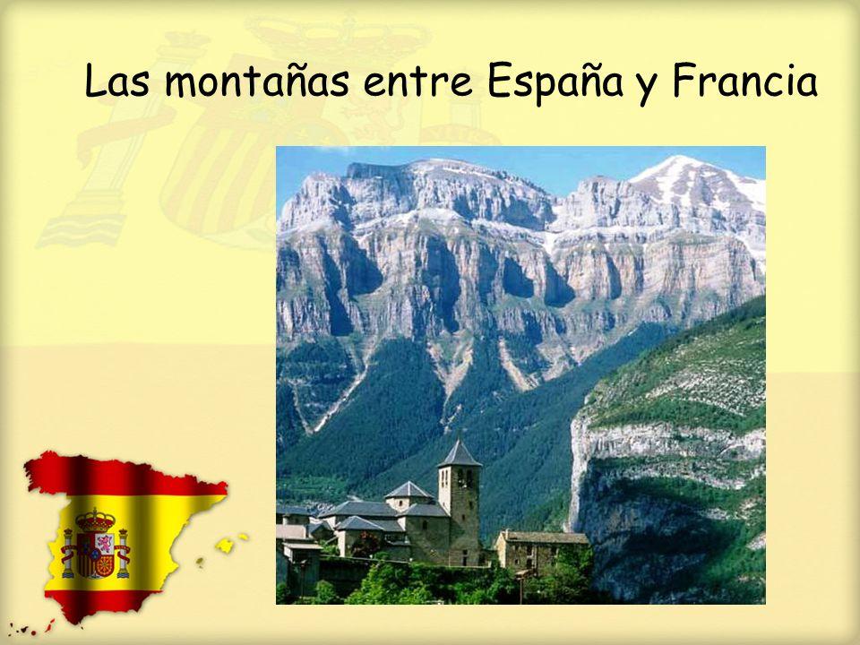 Las montañas entre España y Francia
