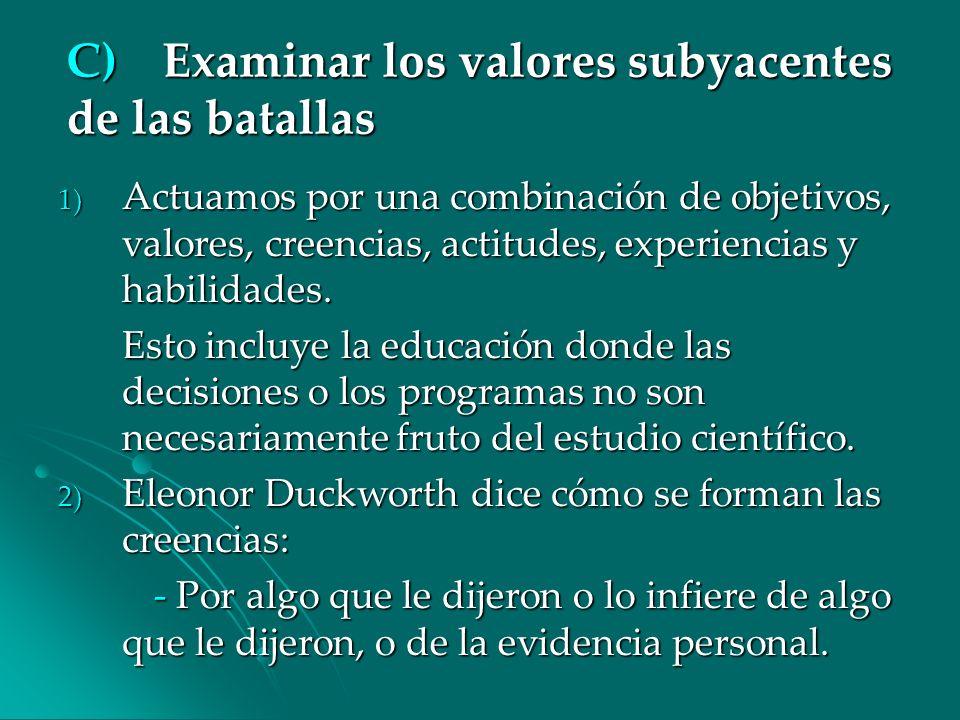 C) Examinar los valores subyacentes de las batallas