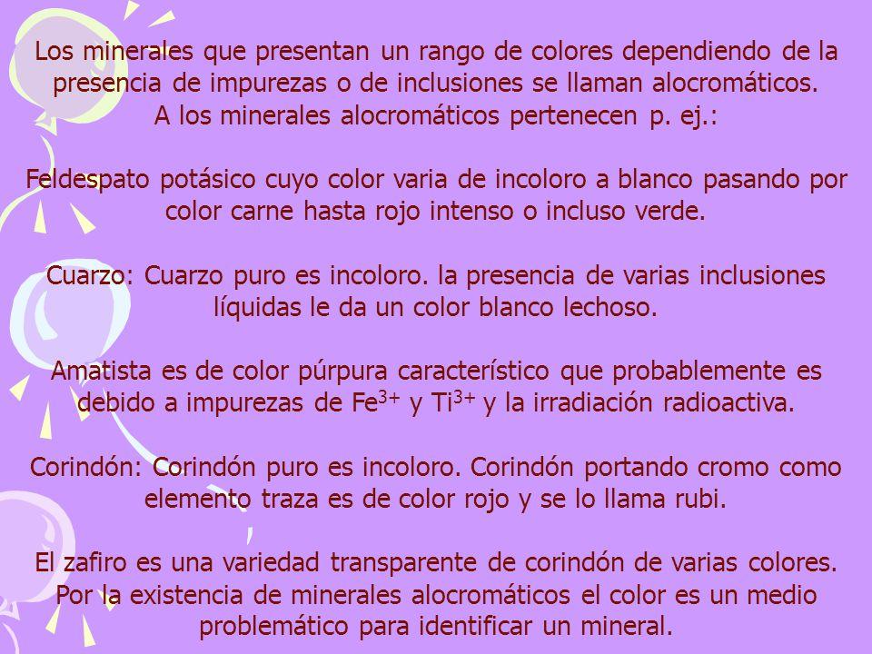 El zafiro es una variedad transparente de corindón de varias colores.