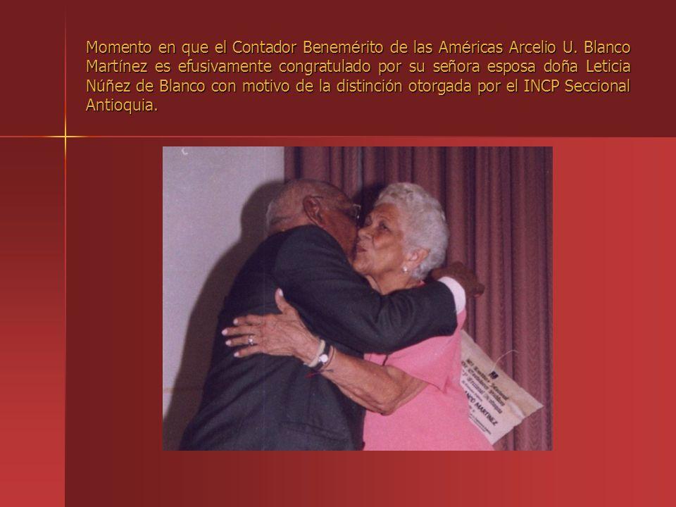 Momento en que el Contador Benemérito de las Américas Arcelio U