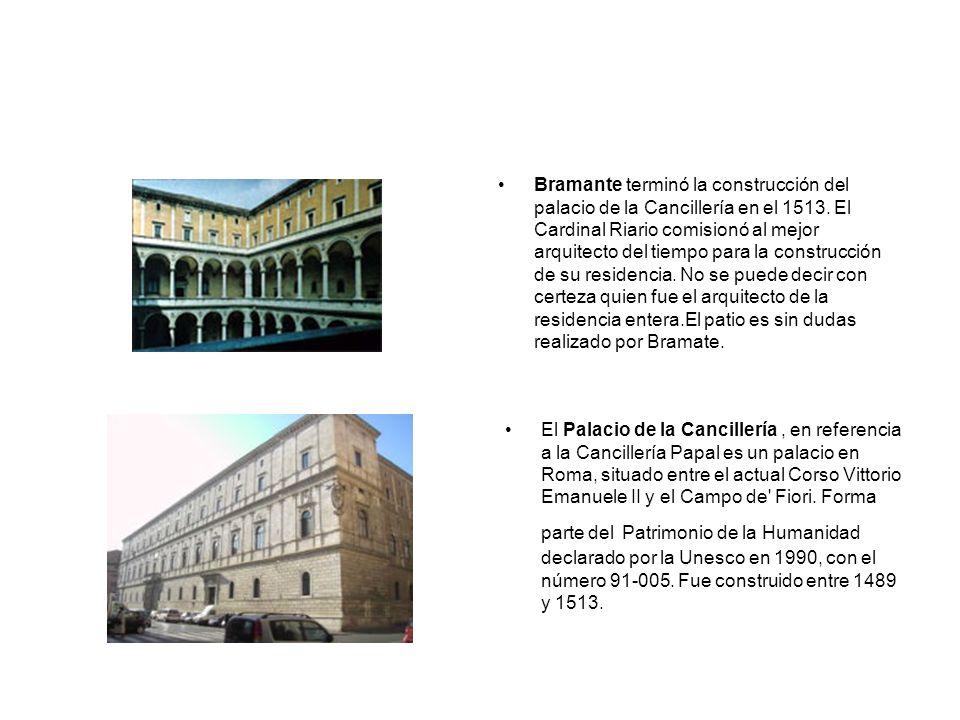 Bramante terminó la construcción del palacio de la Cancillería en el 1513. El Cardinal Riario comisionó al mejor arquitecto del tiempo para la construcción de su residencia. No se puede decir con certeza quien fue el arquitecto de la residencia entera.El patio es sin dudas realizado por Bramate.