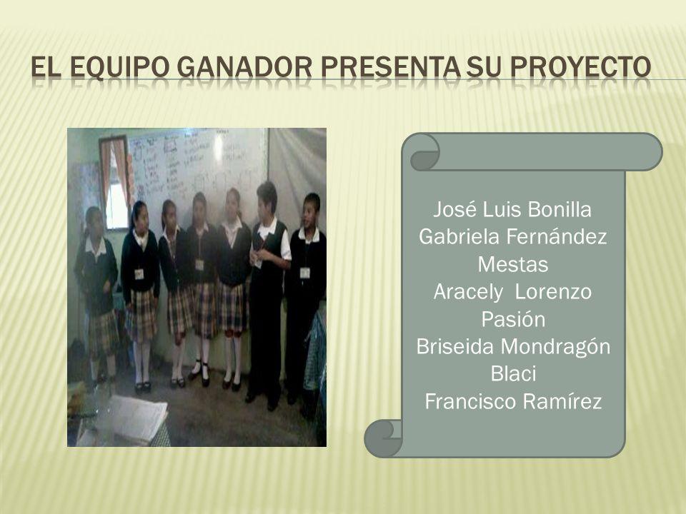 El equipo ganador presenta su proyecto