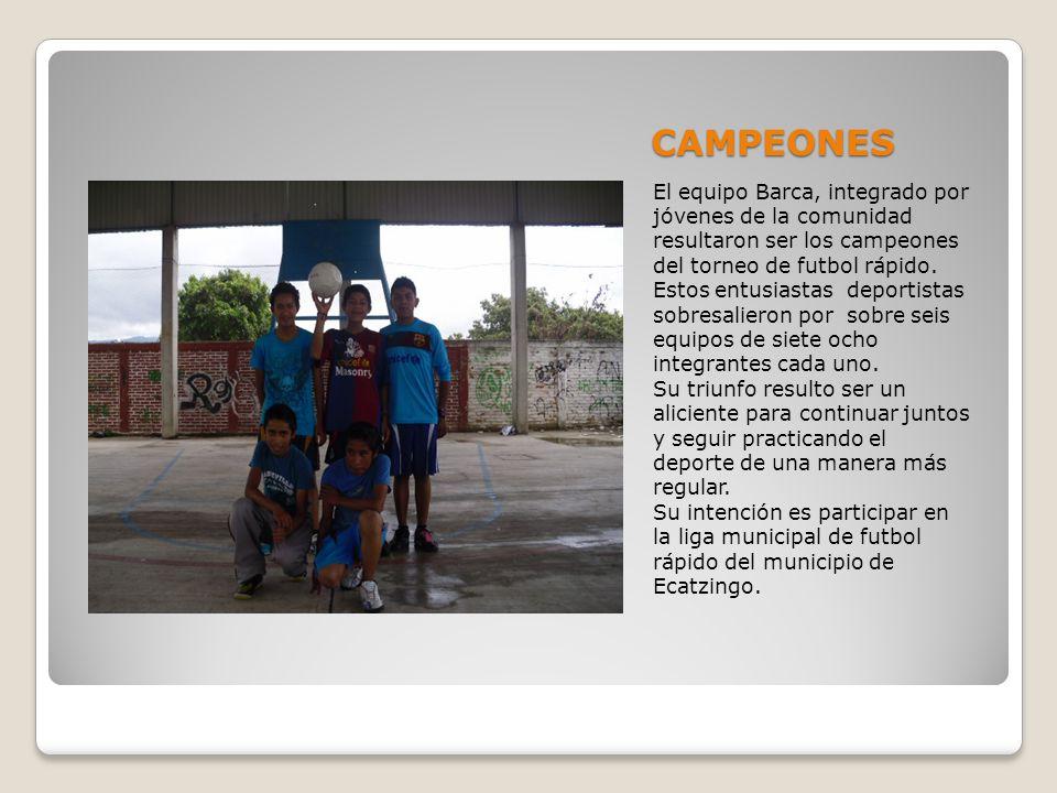 CAMPEONES El equipo Barca, integrado por jóvenes de la comunidad resultaron ser los campeones del torneo de futbol rápido.