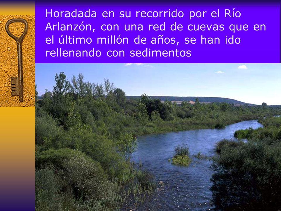 Horadada en su recorrido por el Río Arlanzón, con una red de cuevas que en el último millón de años, se han ido rellenando con sedimentos