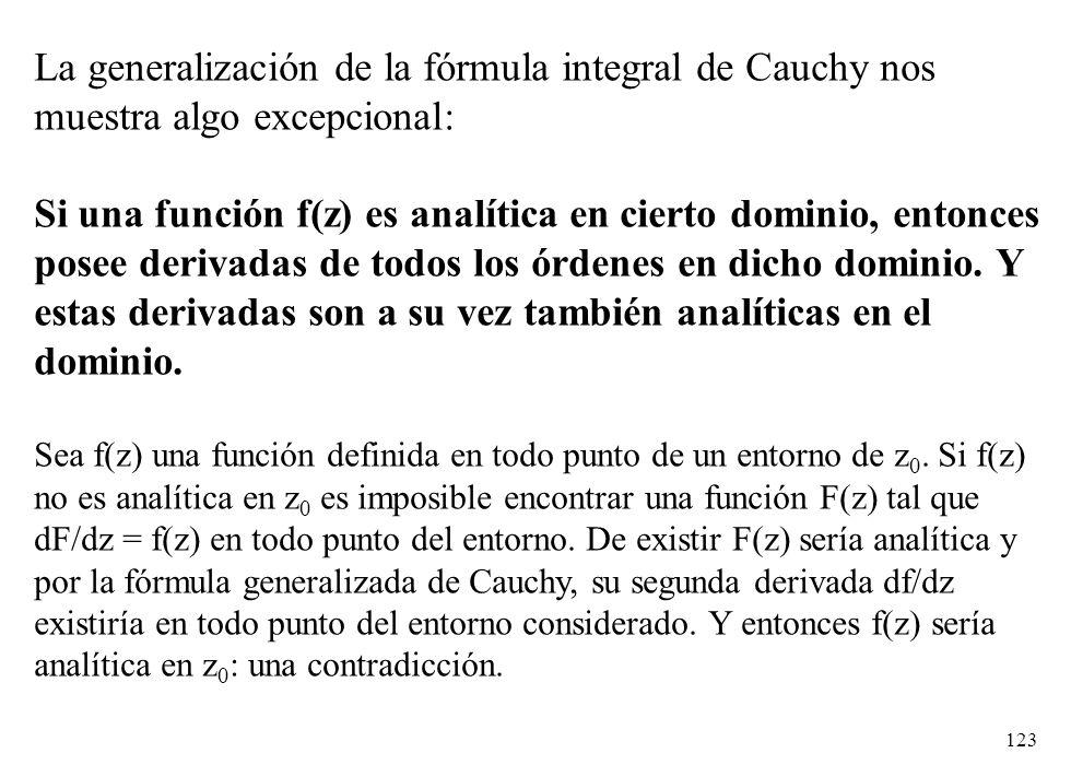 La generalización de la fórmula integral de Cauchy nos