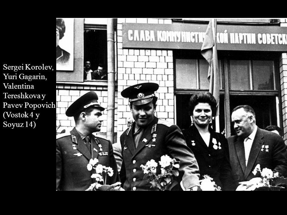 Sergei Korolev, Yuri Gagarin, Valentina Tereshkova y Pavev Popovich (Vostok 4 y Soyuz 14)