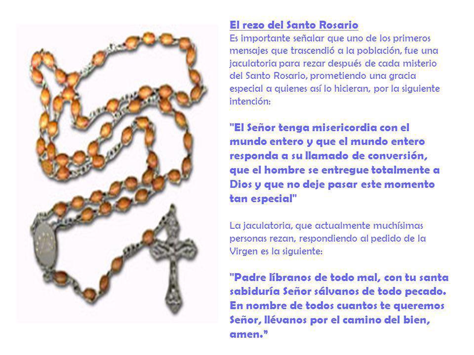El rezo del Santo Rosario