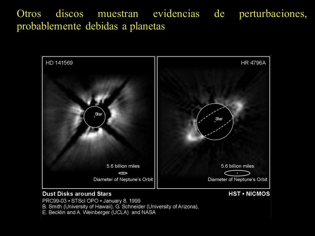 Otros discos muestran evidencias de perturbaciones, probablemente debidas a planetas