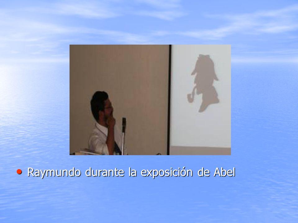 Raymundo durante la exposición de Abel