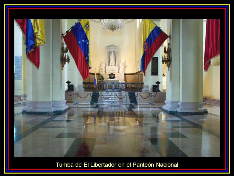 Tumba de El Libertador en el Panteón Nacional