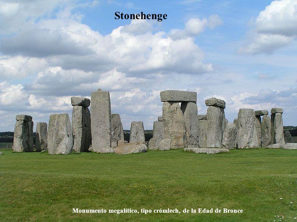 Stonehenge Monumento megalítico, tipo crómlech, de la Edad de Bronce