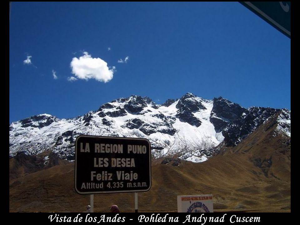 Vista de los Andes - Pohled na Andy nad Cuscem