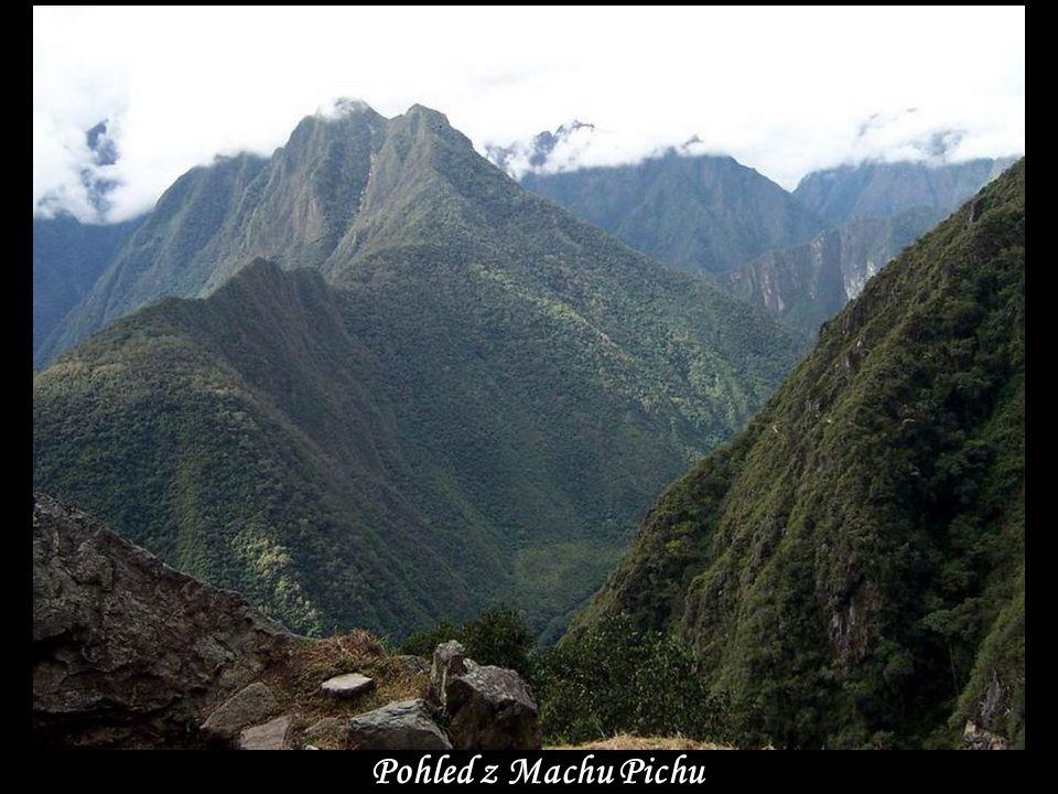 www.vitanoblepowerpoints.net Pohled z Machu Pichu
