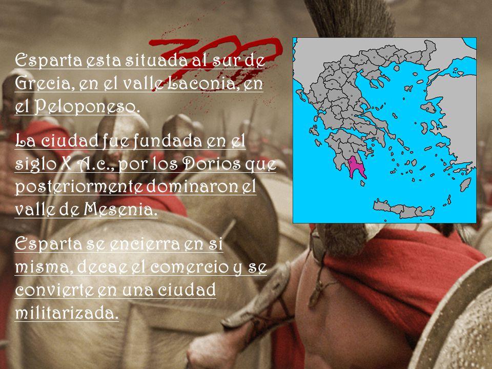 Esparta esta situada al sur de Grecia, en el valle Laconia, en el Peloponeso.