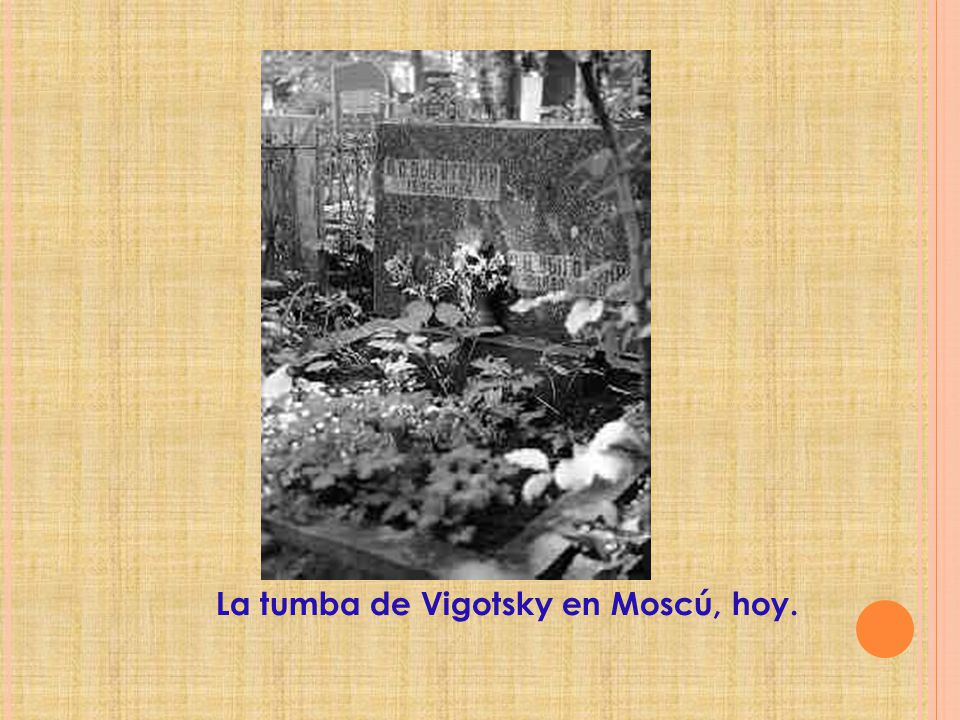La tumba de Vigotsky en Moscú, hoy.