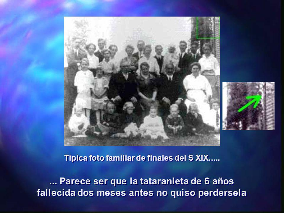 Típica foto familiar de finales del S XIX.....