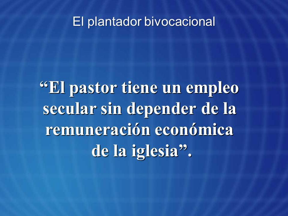 El pastor tiene un empleo secular sin depender de la