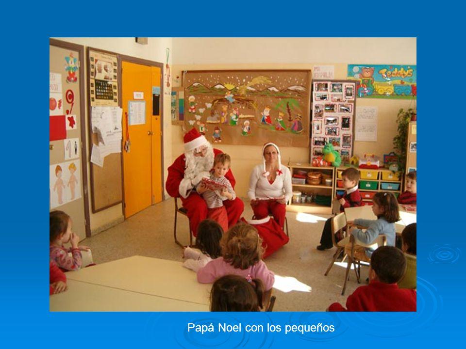 Papá Noel con los pequeños