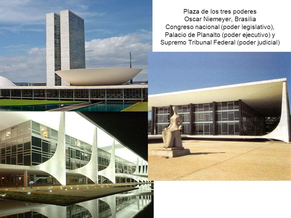 Plaza de los tres poderes Oscar Niemeyer, Brasilia Congreso nacional (poder legislativo), Palacio de Planalto (poder ejecutivo) y Supremo Tribunal Federal (poder judicial)