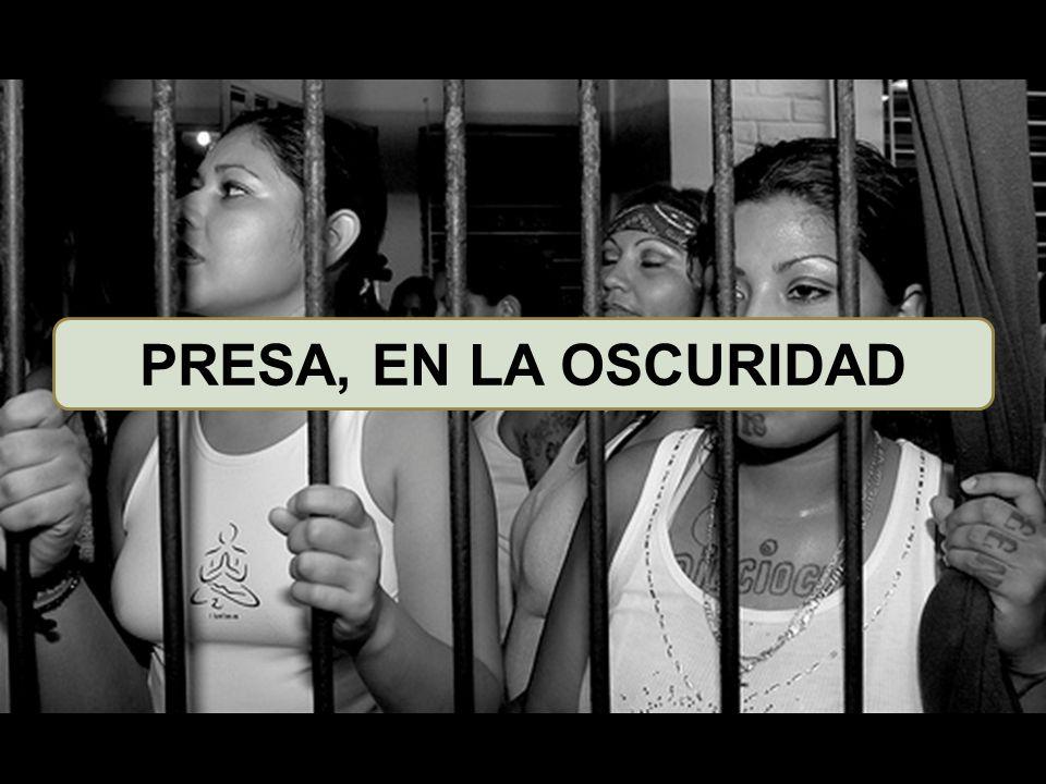 PRESA, EN LA OSCURIDAD