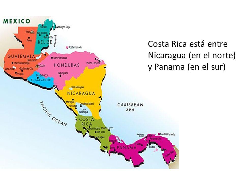 Costa Rica está entre Nicaragua (en el norte) y Panama (en el sur)