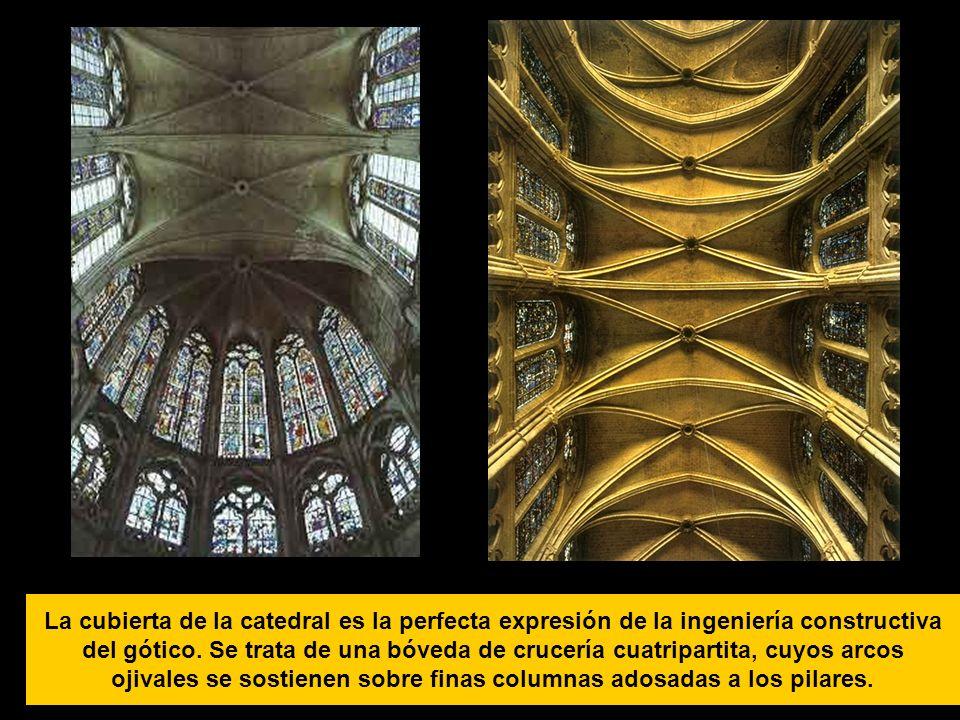 La cubierta de la catedral es la perfecta expresión de la ingeniería constructiva del gótico.