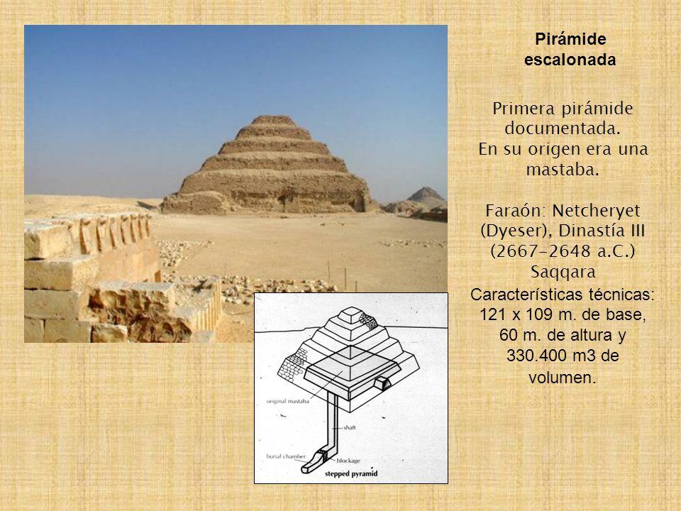 Pirámide escalonada