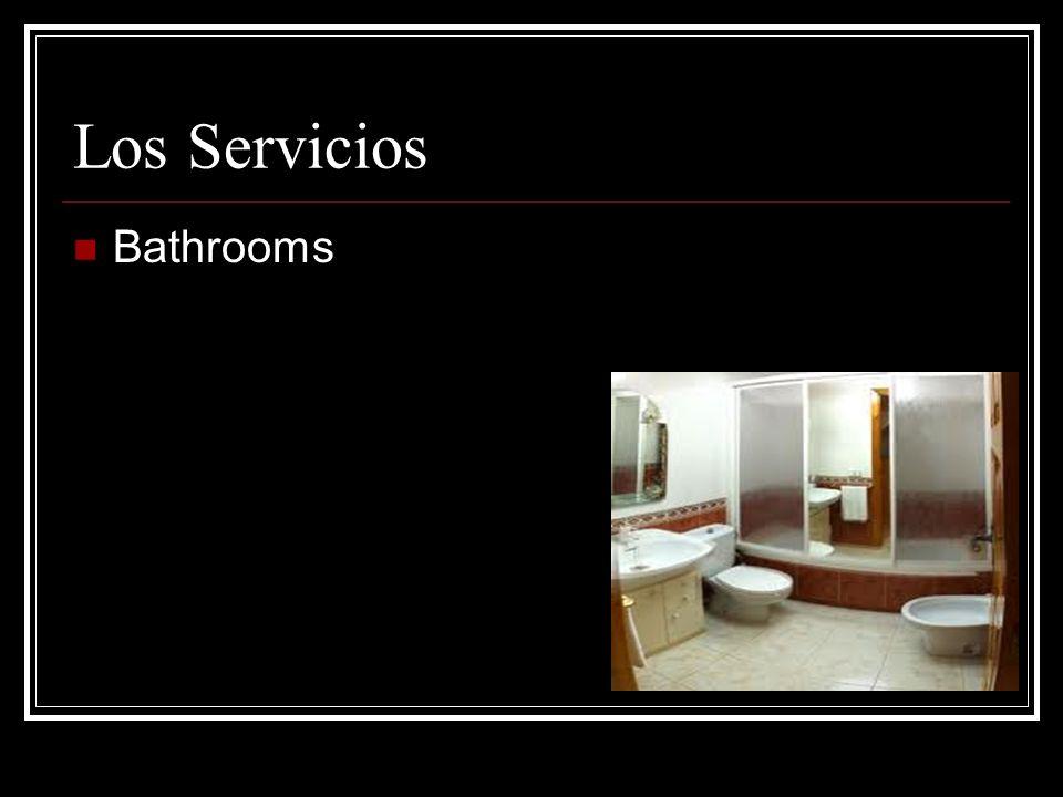 Los Servicios Bathrooms