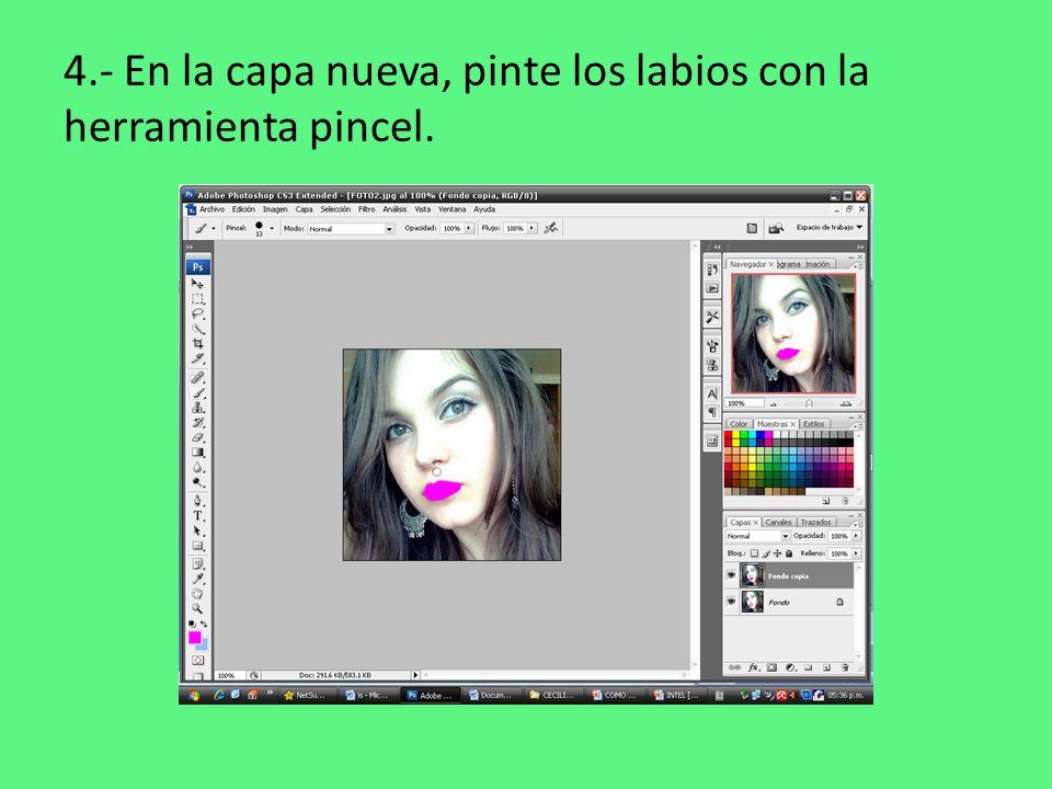 4.- En la capa nueva, pinte los labios con la herramienta pincel.