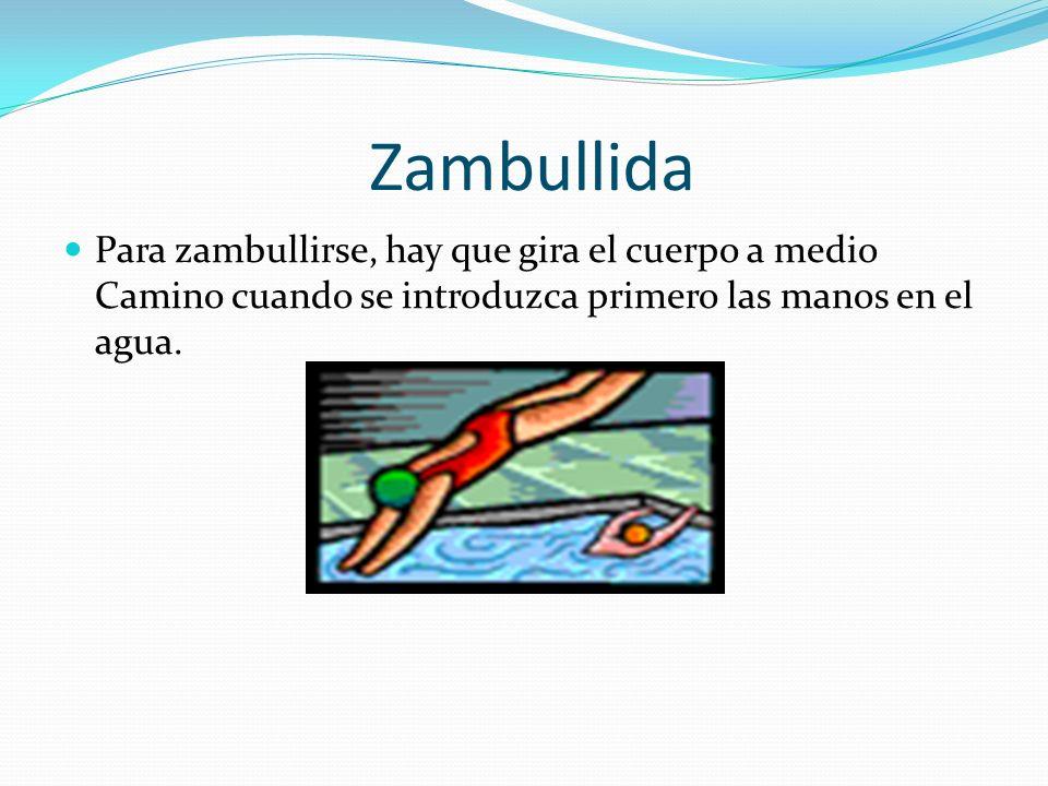 ZambullidaPara zambullirse, hay que gira el cuerpo a medio Camino cuando se introduzca primero las manos en el agua.