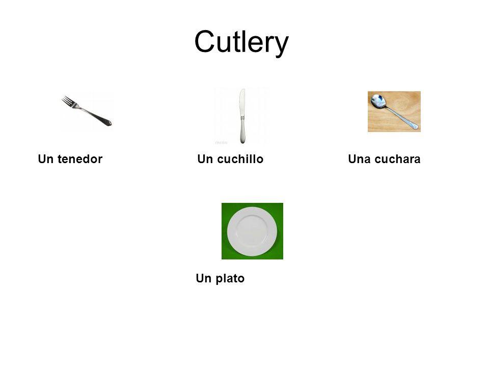 CutleryUn tenedor Un cuchillo Una cuchara.