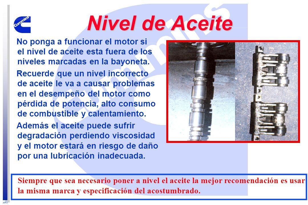 Nivel de AceiteNo ponga a funcionar el motor si el nivel de aceite esta fuera de los niveles marcadas en la bayoneta.