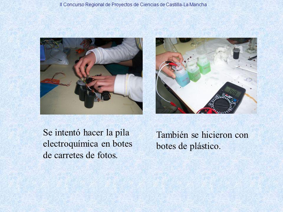 Se intentó hacer la pila electroquímica en botes de carretes de fotos.